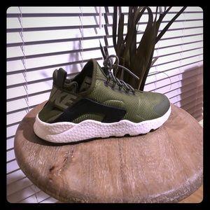Women's Nike Running sneakers!